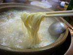 最後の締めに鶏卵麺