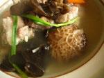 椎茸と排骨のスープ
