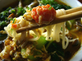 蟹肉菜心面(上海蟹とチンゲン菜のラーメン)