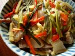 冬�蒸咸肉(油豆腐と冬筍と椎茸と塩漬け干し豚肉の蒸しもの)