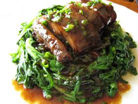 清蒸醤鴨腿(醤油漬け干し鴨の腿肉の蒸しもの)