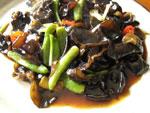 酢溜黒木耳(黒木耳の黒酢ソース炒め)