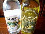 酢とオリーブオイル