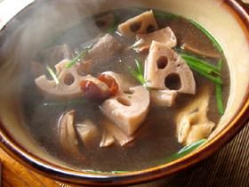 墨魚蓮藕十全大補湯・薬膳スープ