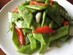 紅椒炒芸豆(インゲン豆とピーマンの炒めもの)
