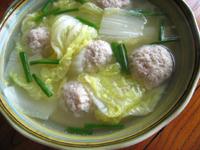 肉団子とミニ白菜のスープ