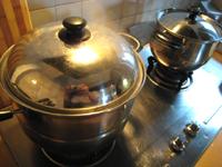 炒飯の米を蒸す