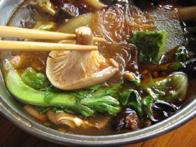 鶏の麻辣火鍋
