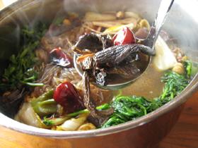 砂仁の加わった火鍋