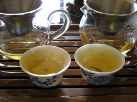 大益8582七子餅茶06年