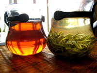 プーアール茶と緑茶