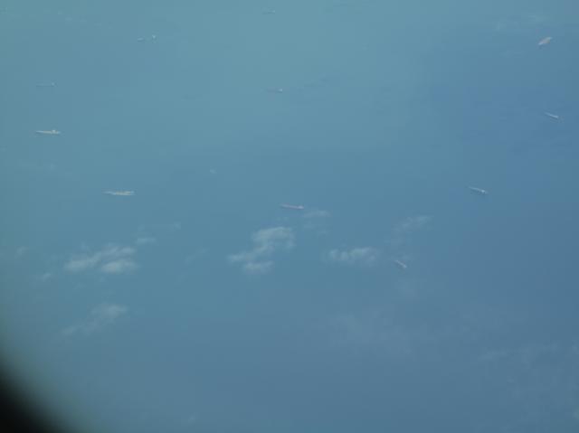 日本海上のタンカー