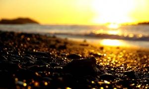 朝陽砂浜−3