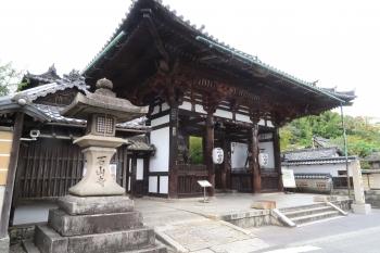 03石山寺大門(この修理も淀の寄進により行われた).JPG
