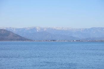 02竹生島の浅井姫から小谷城はよく見える.JPG