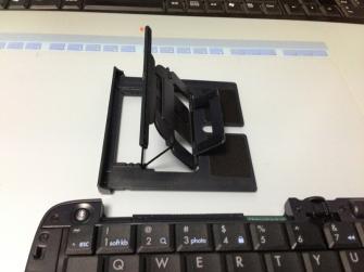 リュウド(REUDO) 折りたたみワイヤレスキーボード RBK-3200BTi スマフォスタンド