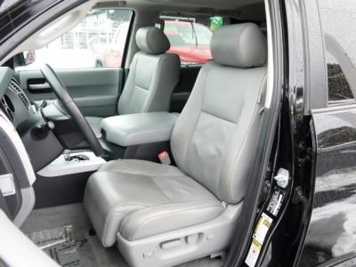 USトヨタ セコイア 運転席シート(ベージュ本革)