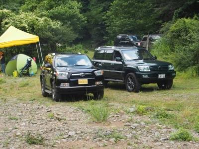 USトヨタ(北米トヨタ)4ランナーとランクル100 ボスコオートキャンプ場到着