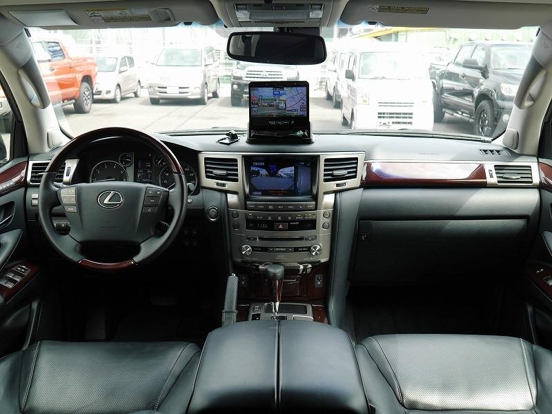 2013年モデル 新車並行 レクサス LX570 ラグジュアリーパッケージ 運転席
