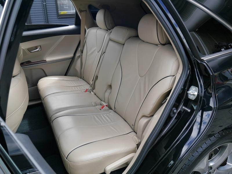 USトヨタ ヴェンザ 2010年モデル 新車並行 3.5L レザーパッケージ ブラック 後部座席