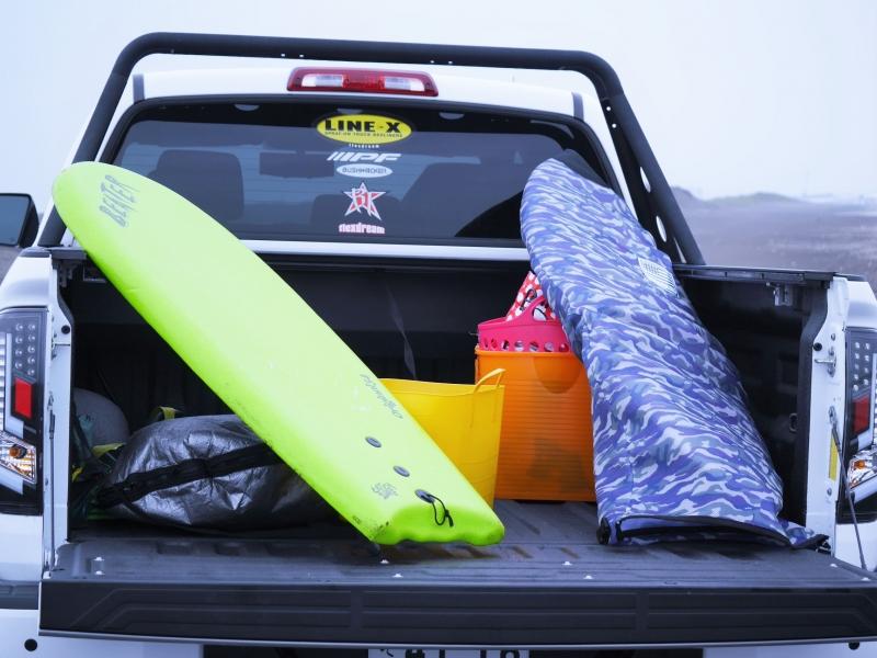2015年モデル タンドラ カスタム デモカー LINE_X 一宮 サーフィン サーフトリップ ベッド 収納 サーフボード