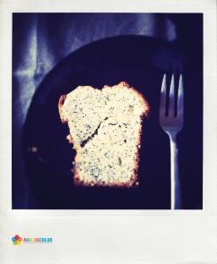 blue poppy seed cake