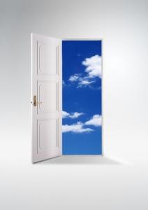世の中で次々開くドア