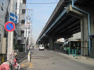 都営バス葛西橋停留所の操車場
