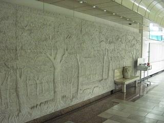 改札階の壁画