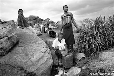 報じられなかった10の人道危機 ジンバブエ2
