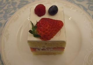 20080223よっちゃん結婚式 ケーキ
