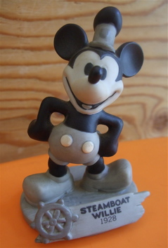 STEAMBOAT WILLIE 1928 - 2