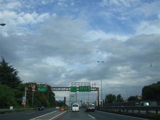 20080927ペキニーズ姉妹 - 首都高速