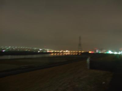20081127荒川の土手4