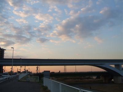 20081201荒川の土手夕焼け1