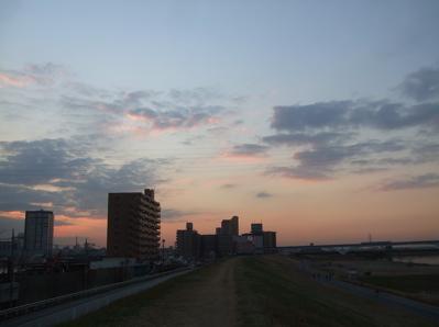 20081201荒川の土手夕焼け6
