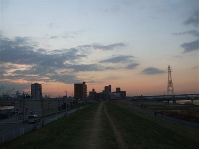 20081201荒川の土手夕焼け7
