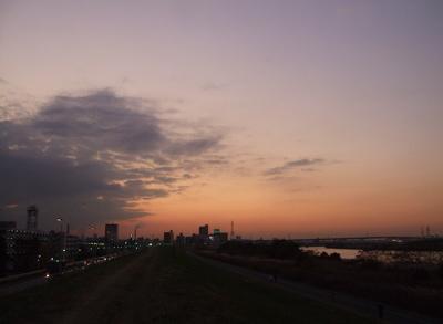 20081201荒川の土手夕焼け14