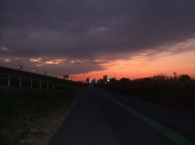 20081201荒川の土手夕焼け20