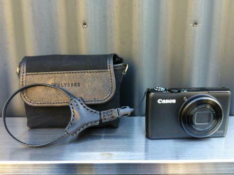ULYSSESユリシーズSPUTNIK2スプートニク2Linoリネン&帆布カメラケース「リノ」デジカメカメラケースカメラストラップオシャレカメラケースCANON PowerShot S95キャノンのデジカメ4.jpg