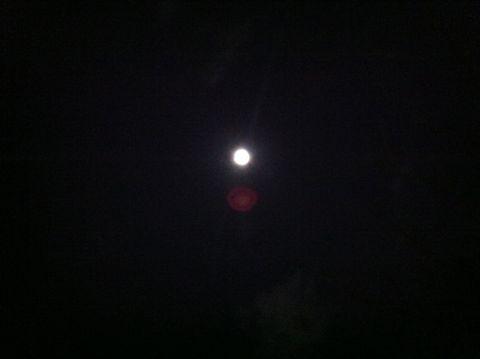 皆既月食2011年12月10日かいきげっしょく月食とは地球が太陽と月の間に入り地球の影が月にかかることによって月が欠けて見える現象皆既月食画像皆既月食撮影皆既月食時間1.jpg