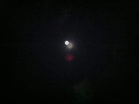皆既月食2011年12月10日かいきげっしょく月食とは地球が太陽と月の間に入り地球の影が月にかかることによって月が欠けて見える現象皆既月食画像皆既月食撮影皆既月食時間2.jpg