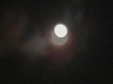 皆既月食2011年12月10日かいきげっしょく月食とは地球が太陽と月の間に入り地球の影が月にかかることによって月が欠けて見える現象皆既月食画像皆既月食撮影皆既月食時間15.jpg