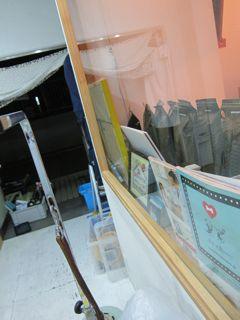 エアコンクリーニングエアコン掃除エアコン清掃おそうじ本舗エアコンを分解して、カバーはもちろん、内部に潜むカビやホコリまで徹底的にエアコン内部を掃除します。2.jpg