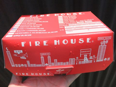FIRE HOUSE本郷3丁目ファイアーハウス本格的なアメリカンハンバーガー肉が美味いハンバーガーチリチーズバーガーモッツァレラマッシュルームバーガー4.jpg