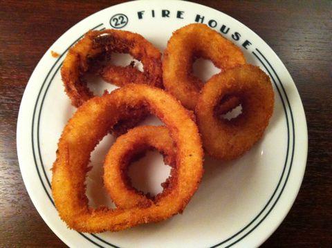 FIRE HOUSE本郷3丁目ファイアーハウス本格的なアメリカンハンバーガーチリチーズバーガーモッツァレラマッシュルームバーガーチョコレートシェイクオニオンリング3.jpg