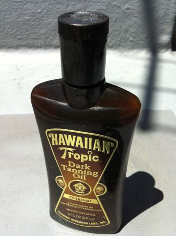 HAWAIIAN Tropic Dark Tanning Oil サンオイル ダークに焼けるサンオイル 焼き色が濃いサンオイル 日焼け サンオイル 関東梅雨明け2012 真夏日 2012年最高気温 東京梅雨明け2012.jpg