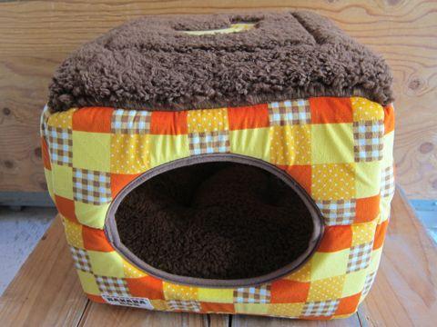 犬用ベッド 犬用カドラー 2WAYカドラー ドーム型 かまくら型 犬用ラウンドベッド かわいい犬用ベッド フントヒュッテ hundehutte 7.jpg