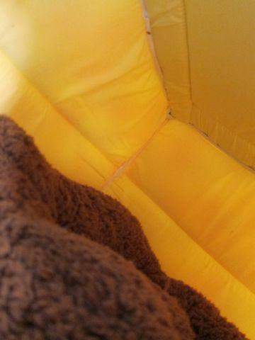 犬用ベッド 犬用カドラー 2WAYカドラー ドーム型 かまくら型 犬用ラウンドベッド かわいい犬用ベッド フントヒュッテ hundehutte 10.jpg