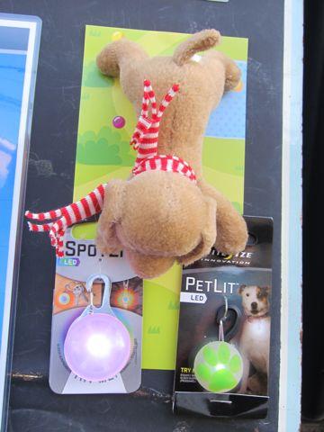 NITE IZE SPOTLIT LED ナイトアイズ スポットライト LEDライト 犬用おさんぽグッズ 夜のおさんぽ 夜道 暗い 犬 バースデーボード作成フントヒュッテ 5.jpg